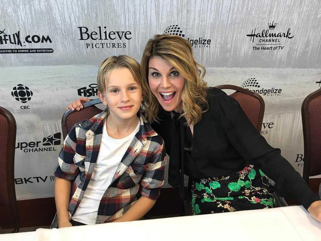 Carter with Lori Louglin