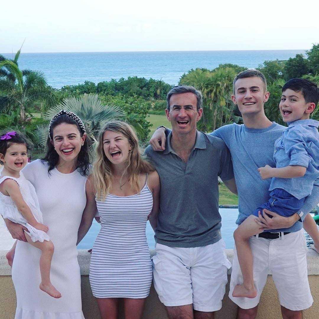 Bianna Golodryga's family
