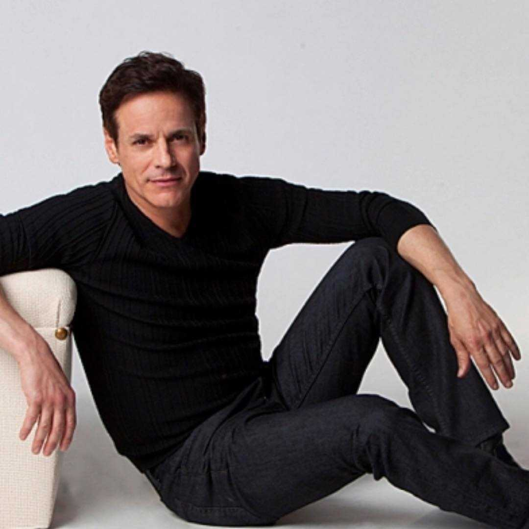 What happened to Michael Baldwin (Christian LeBlanc) on The Young and the Restless?