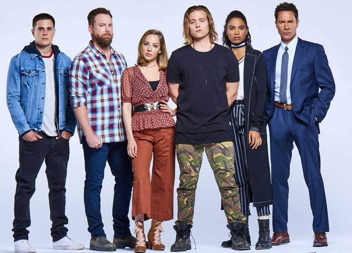 Will there be another season of Travelers on Netflix?