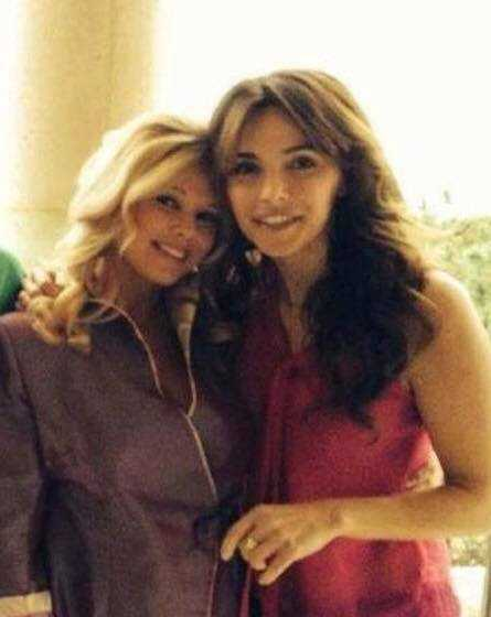 lisa and donna derrico