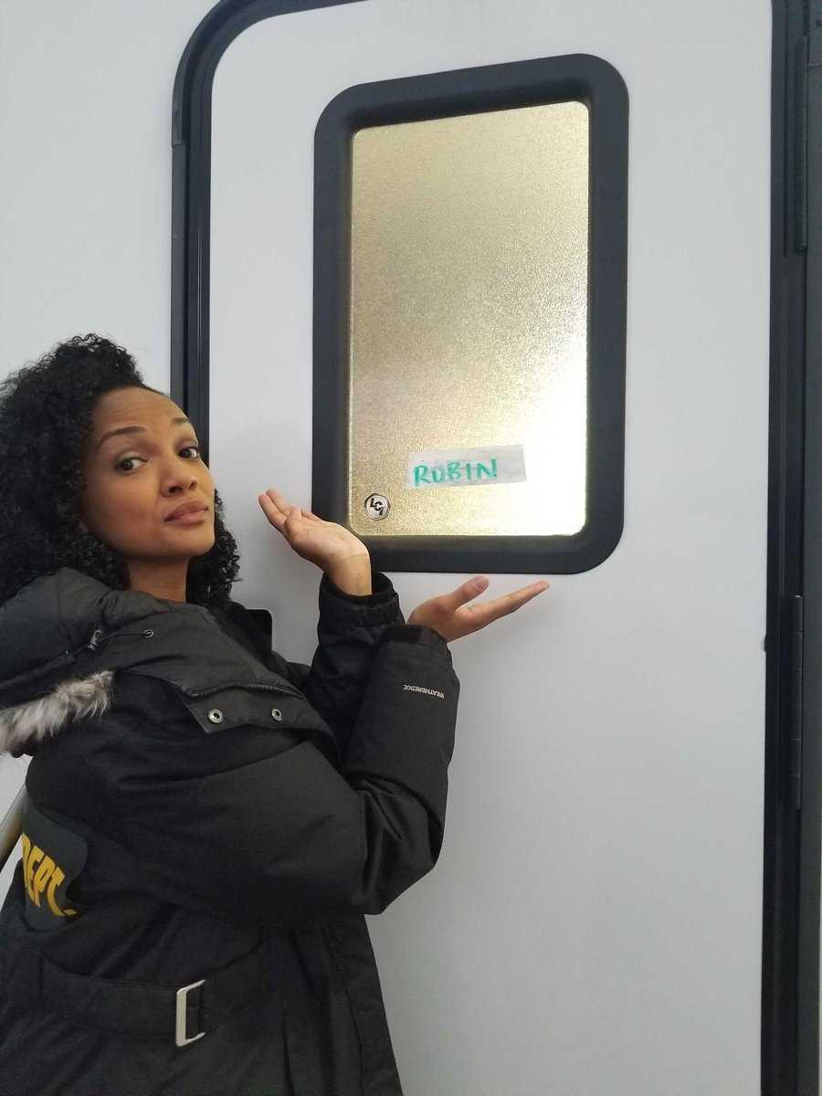 Mekia Cox returns to Chicago Med