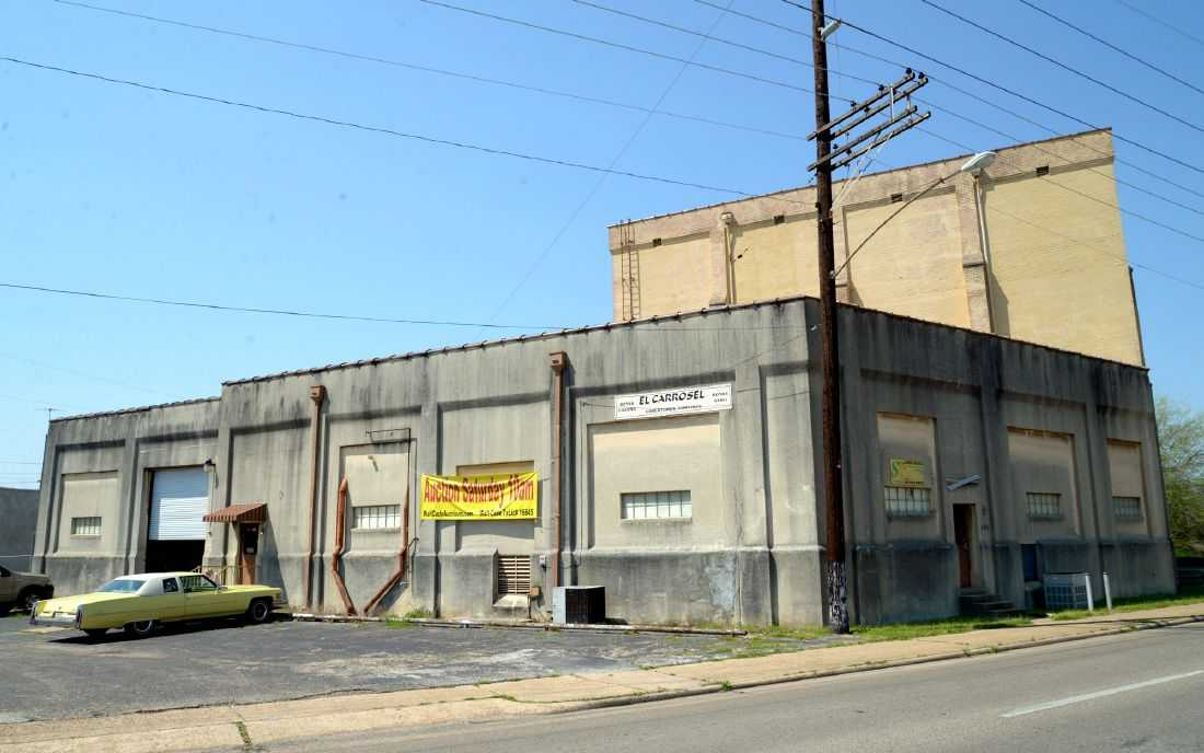 Warehouse from American Pickers