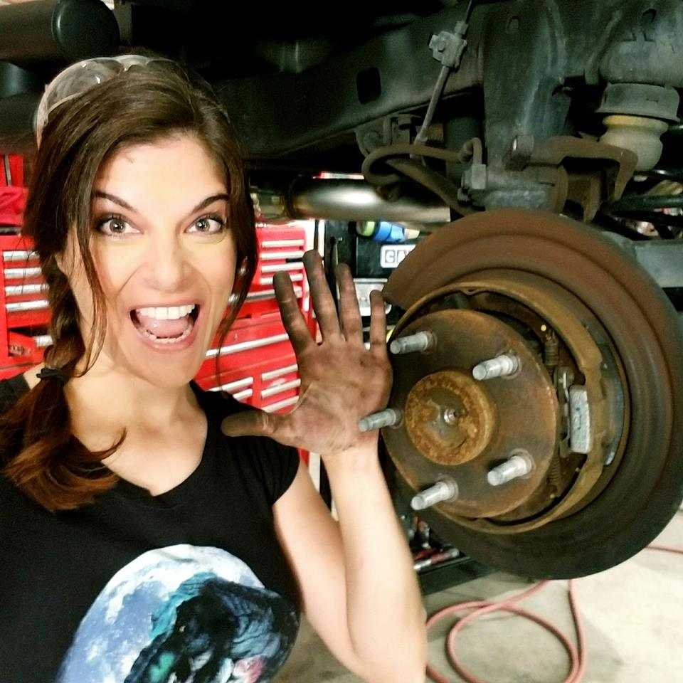 What happened to Rachel De Barros from All Girls Garage? Where is she now? 2019 Updates