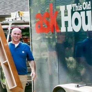 Who is mason expert Mark McCullough from This Old House? How did he become a mason?