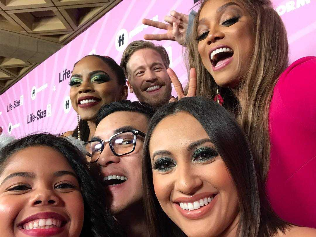 Tyra Banks with the Life Size 2 cast